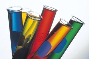 Reagensrør (foto: Comstock)