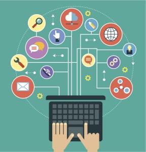 Laptop og symboler for kommunikasjon