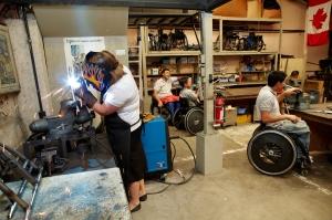 Verksted med folk i rullestol